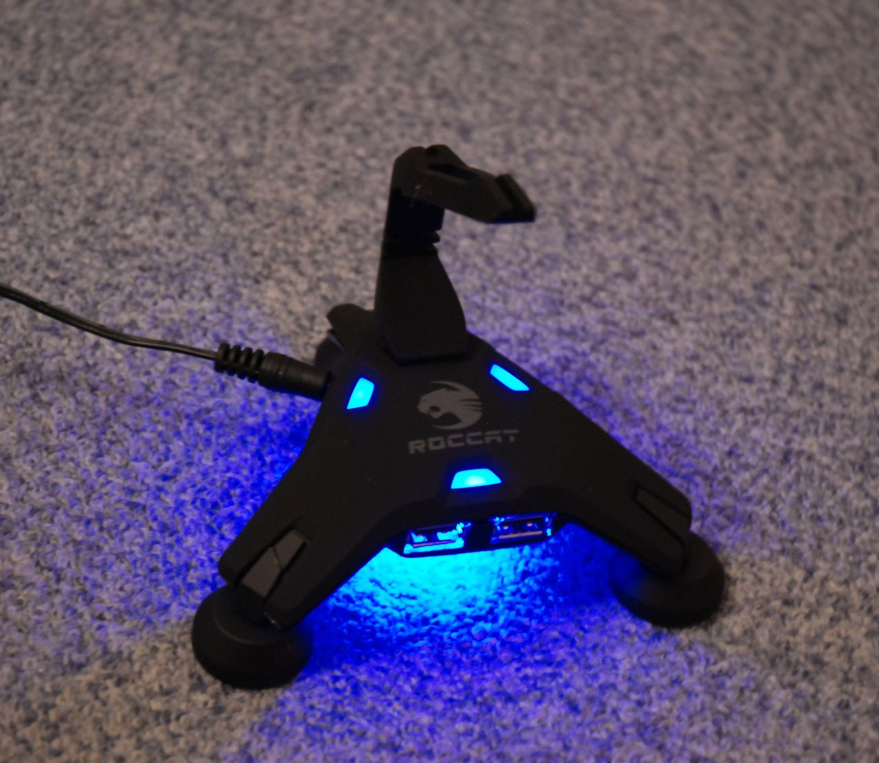 Roccat Apuri : Un scorpion hub USB