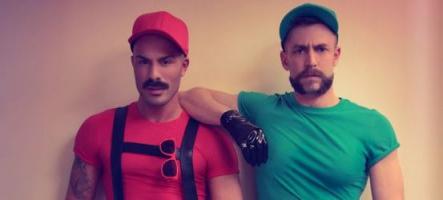 (Int -16 ans) Mario et Luigi sont gays : les photos