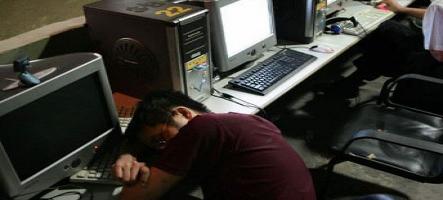 Sans emploi, il vit pendant 7 mois dans un cybercafé
