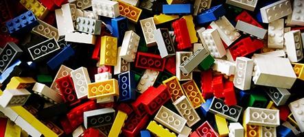 Un jeu LEGO tiré du film LEGO avec des LEGO par LEGO pour les LEGO