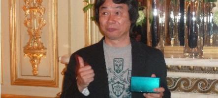 Shigeru Miyamoto et Reggie Fils-Aimé jouent à Project Giant Robot...