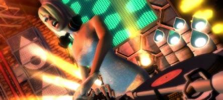 DJ Hero 2, avec deux platines et une video en HD