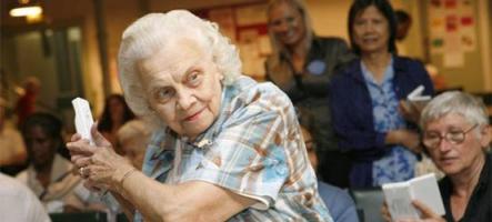 Une grand-mère vole des jeux Wii